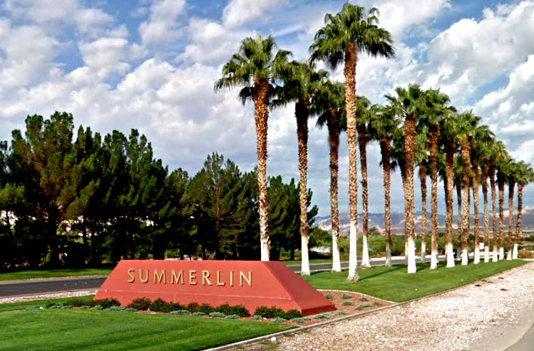 Summerlin Entrance sign with lined palm trees